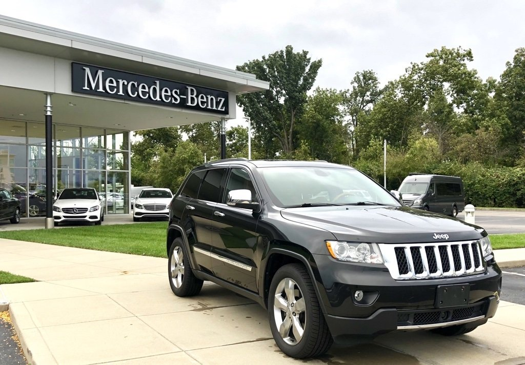 Pre Owned 2013 Jeep Grand Cherokee Overland 4X4 SUV