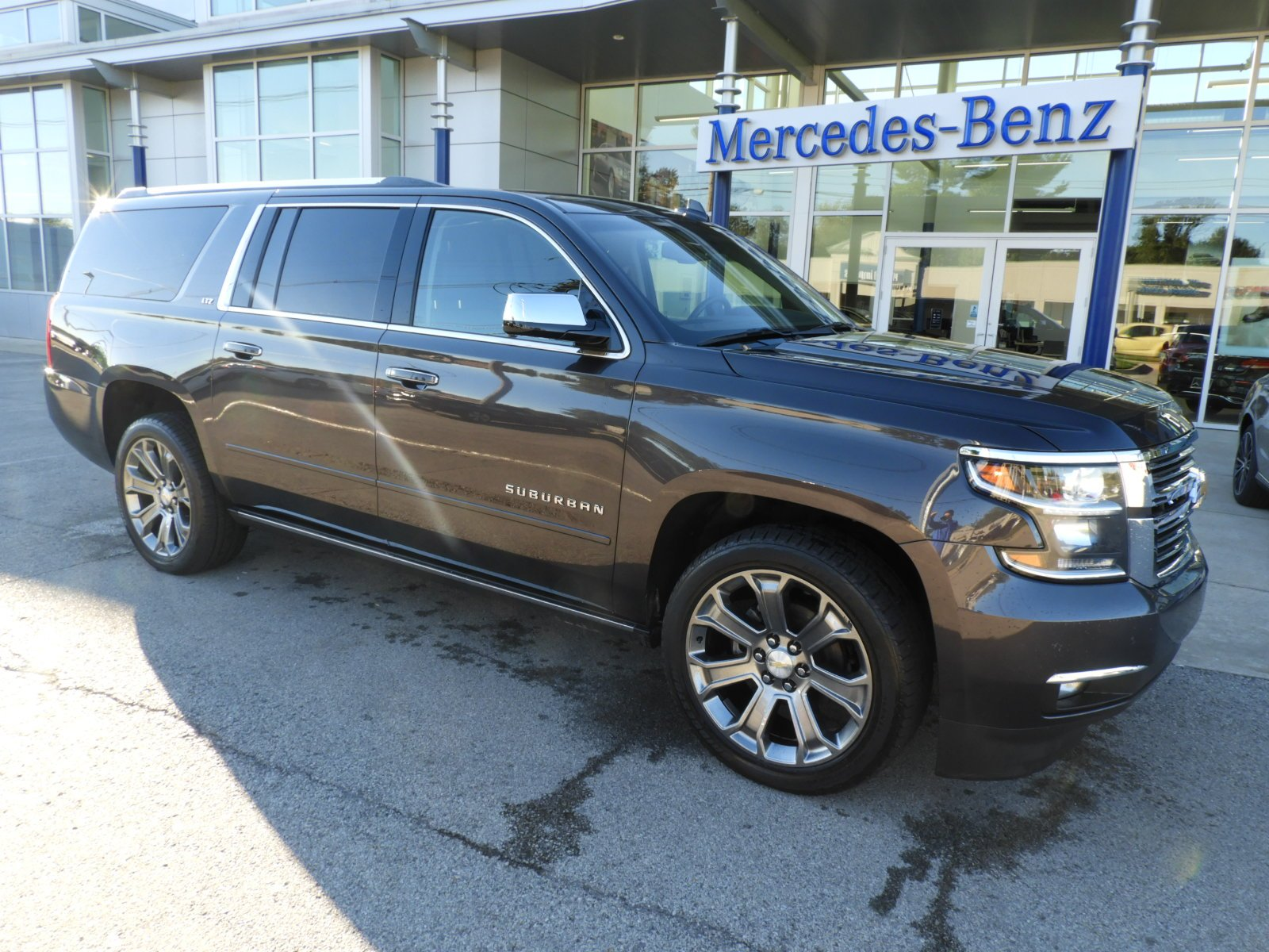 Stock Uc11517a Pre Owned 2015 Chevrolet Suburban Ltz 4wd Suv In Chevy Tahoe Chrome Roof Rack