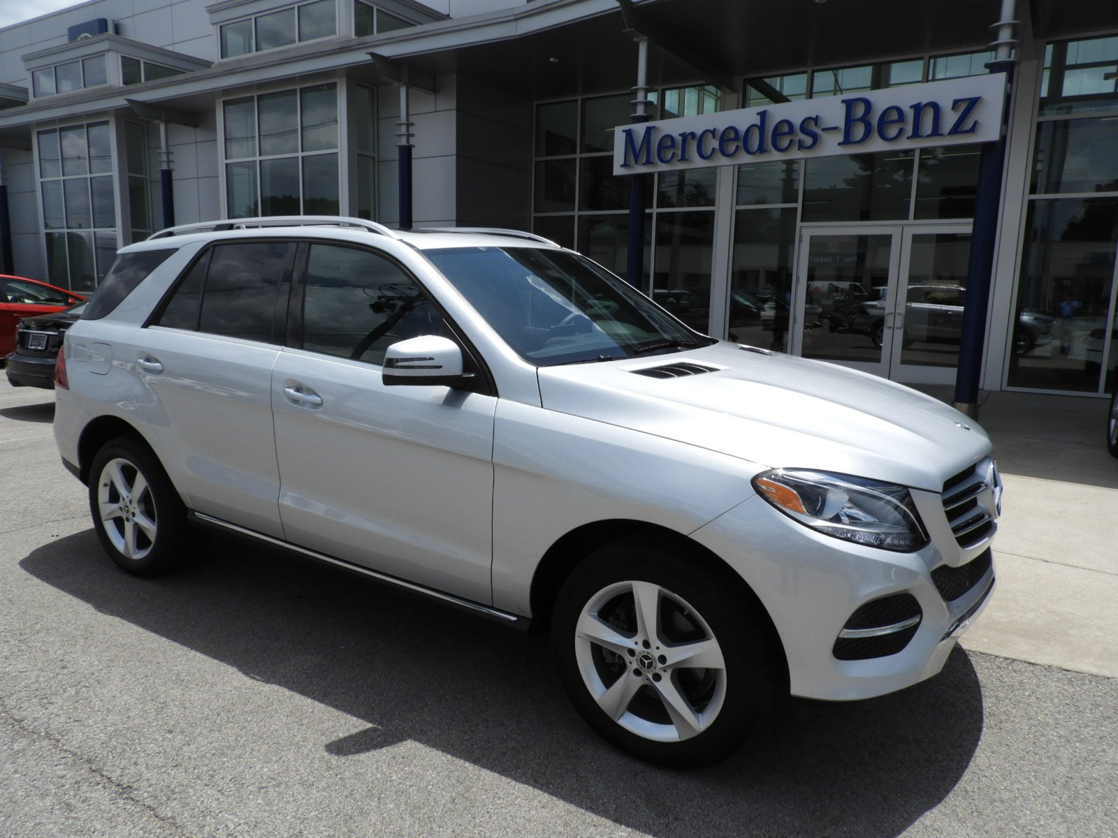 Stock UC Certified Pre Owned 2017 Mercedes Benz GLE GLE 350