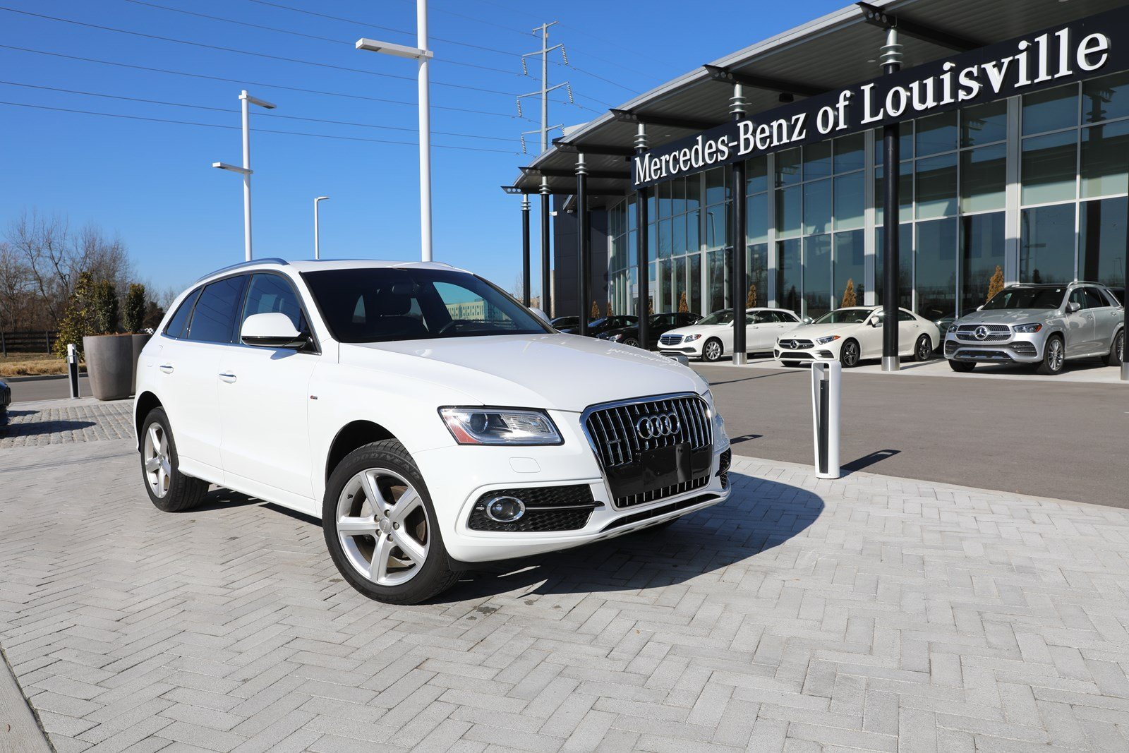 Pre-Owned 2017 Audi Q5 Premium Plus AWD SUV