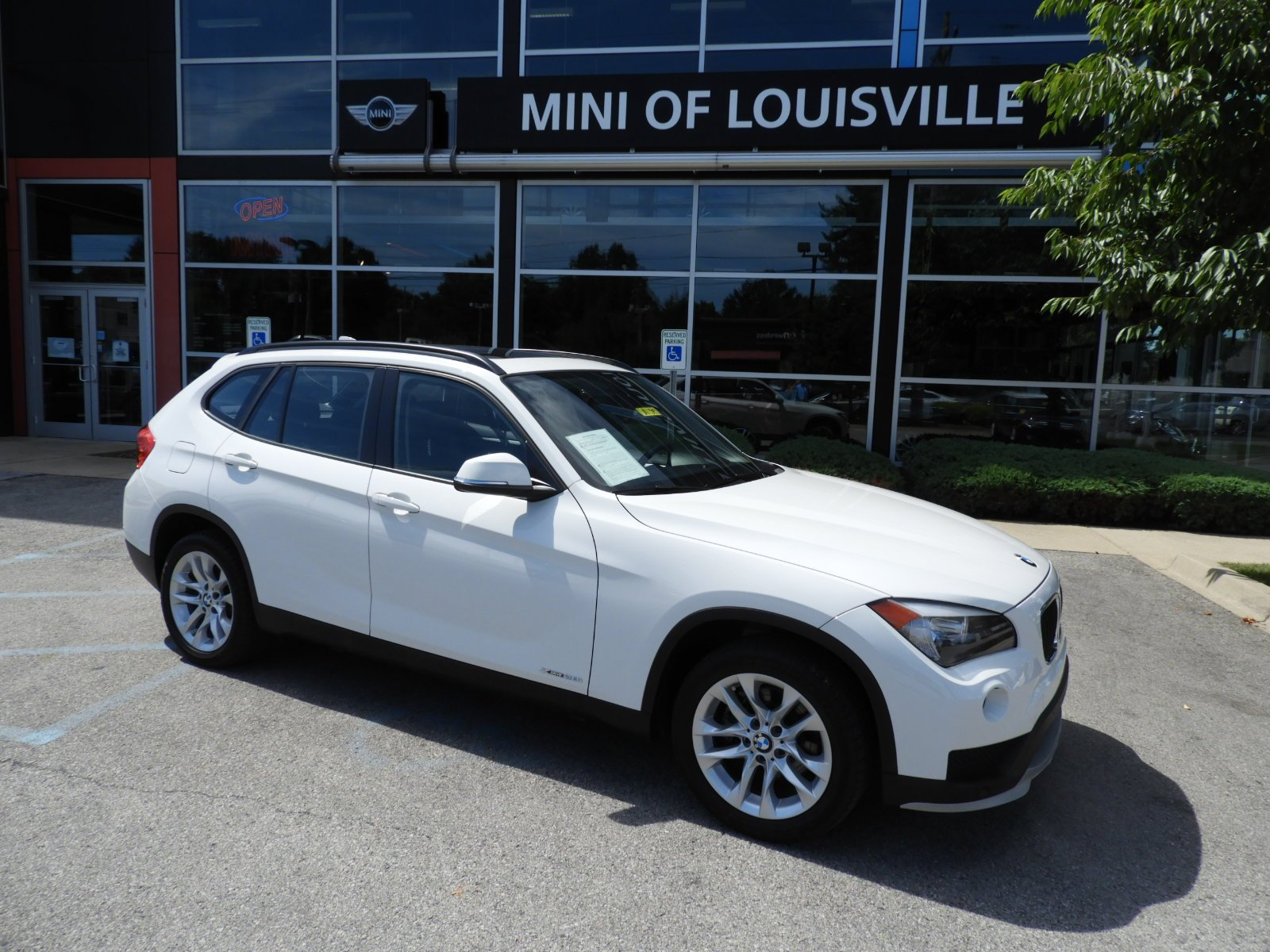 Stock UA Pre Owned 2015 BMW X1 xDrive28i in West Chester