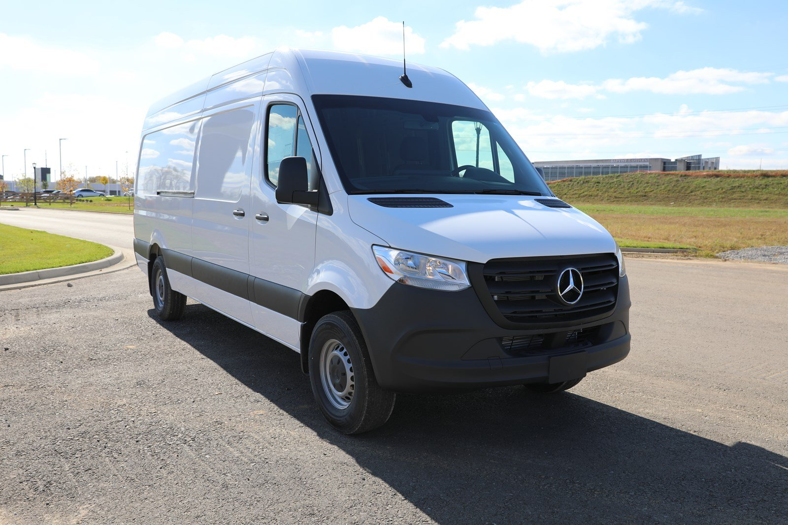 New 2019 Mercedes-Benz Sprinter Cargo Van 144 WB SR