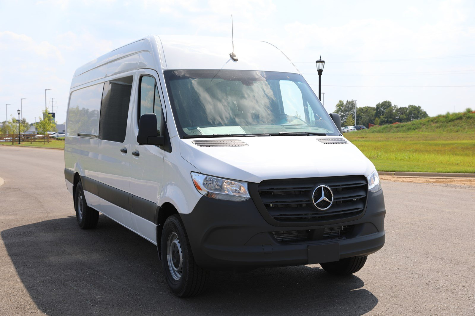 New 2019 Mercedes-Benz Sprinter Crew Van 2500 170 HR