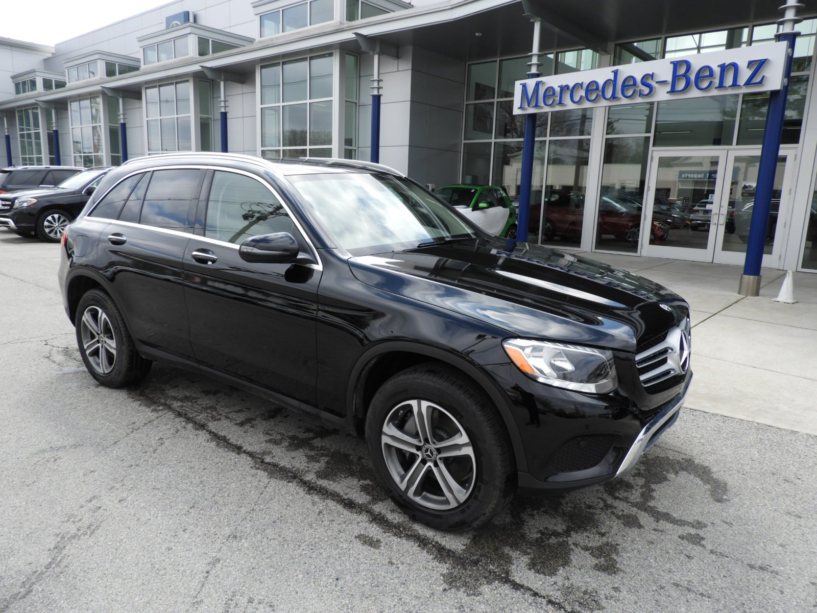 Stock US Pre Owned 2018 Mercedes Benz GLC GLC 300 4MATIC SUV