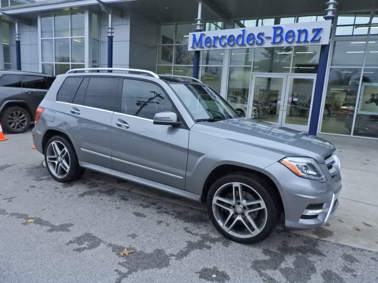 Stock T A Pre Owned 2015 Mercedes Benz GLK GLK 350 in West Chester