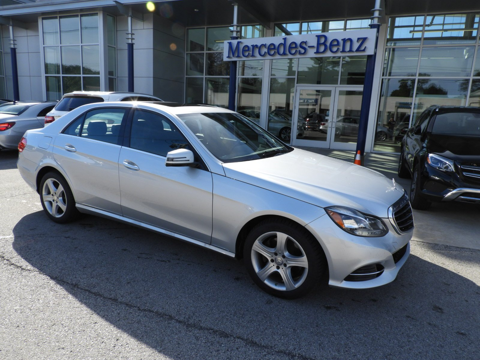 Certified Pre-Owned 2014 Mercedes-Benz E-Class E 350 4MATIC® Luxury Sedan