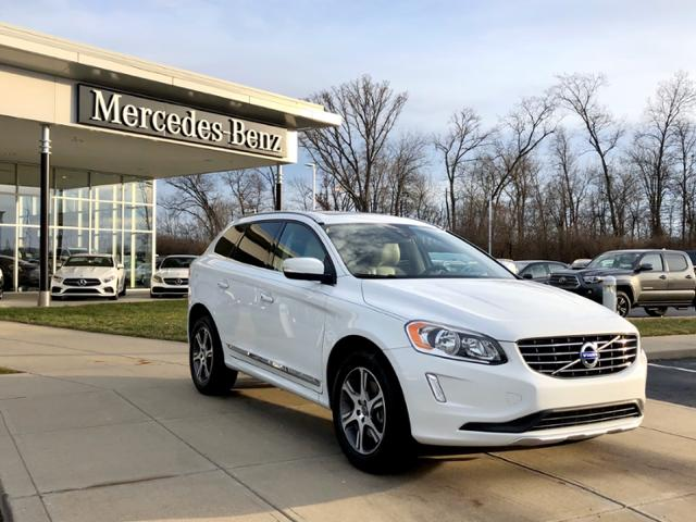 Pre-Owned 2015 Volvo XC60 AWD 4dr T6