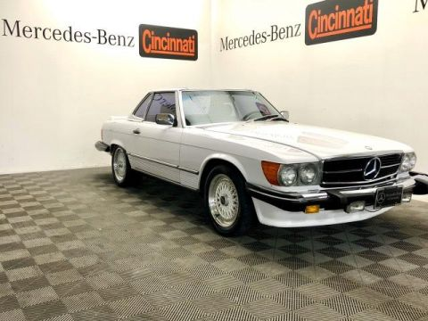 Pre-Owned 1988 Mercedes-Benz 560 Series